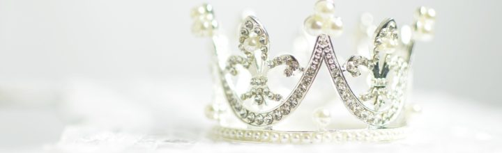 The Crown: Assassins